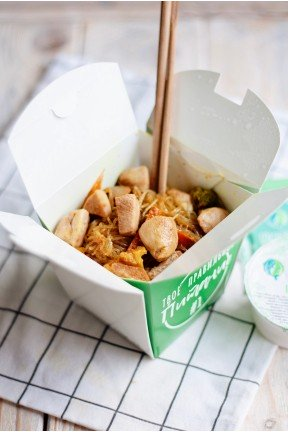 Crystal noodles with chicken