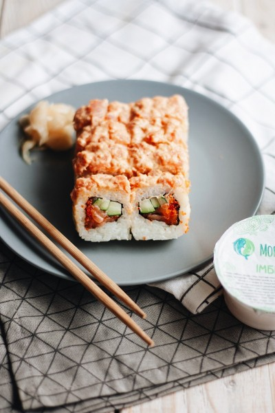 Spicy roll with tuna